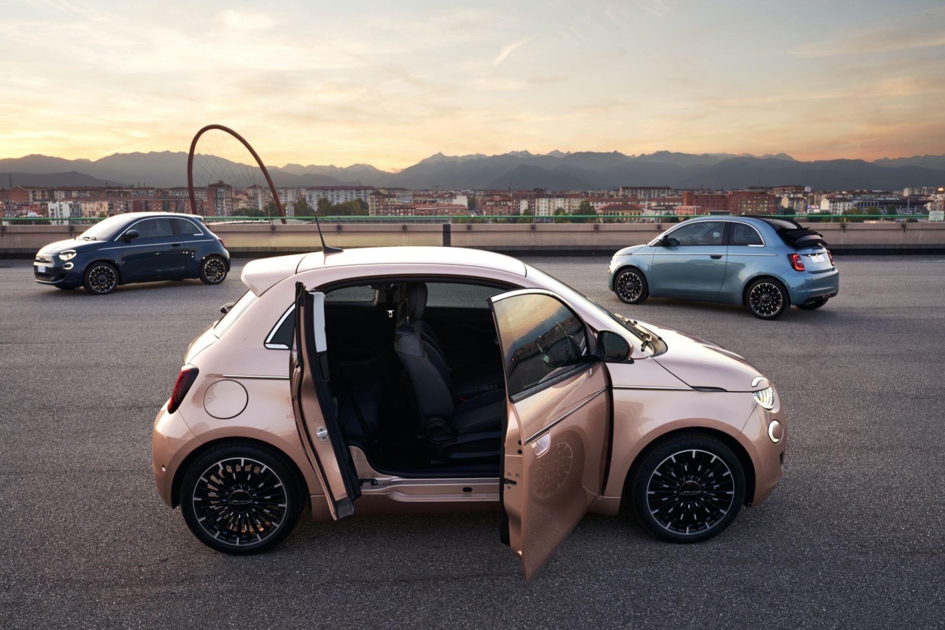 Fiat 500 nu med en liten extra dörr på passagerarsidan