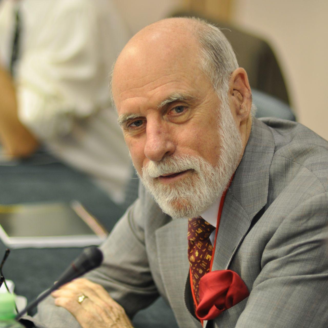 Vint Cerf designar internetprotokoll för rymden