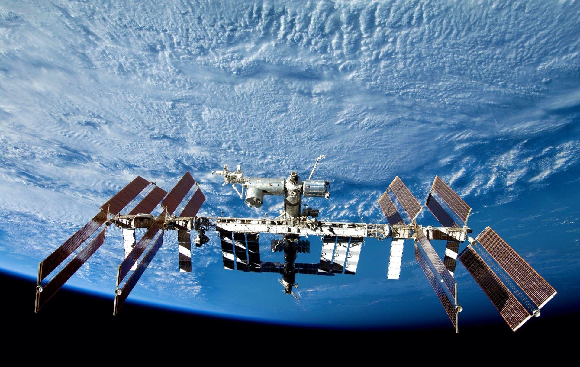 Nu har människan bott i rymden i 20 år