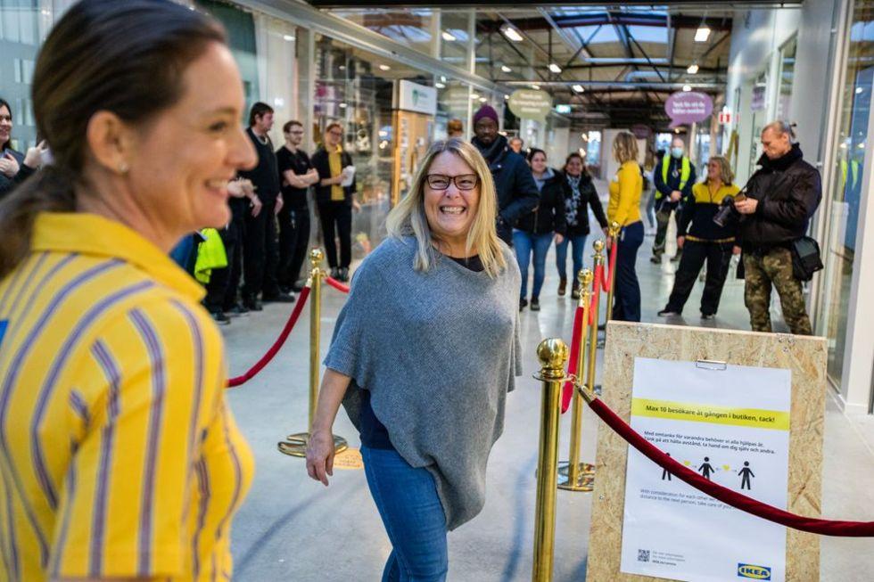 Nu har IKEAs första second hand-butik öppnat