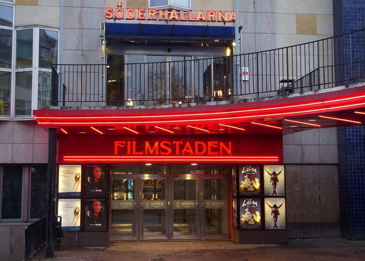 Filmstaden stänger sina biografer på tisdag