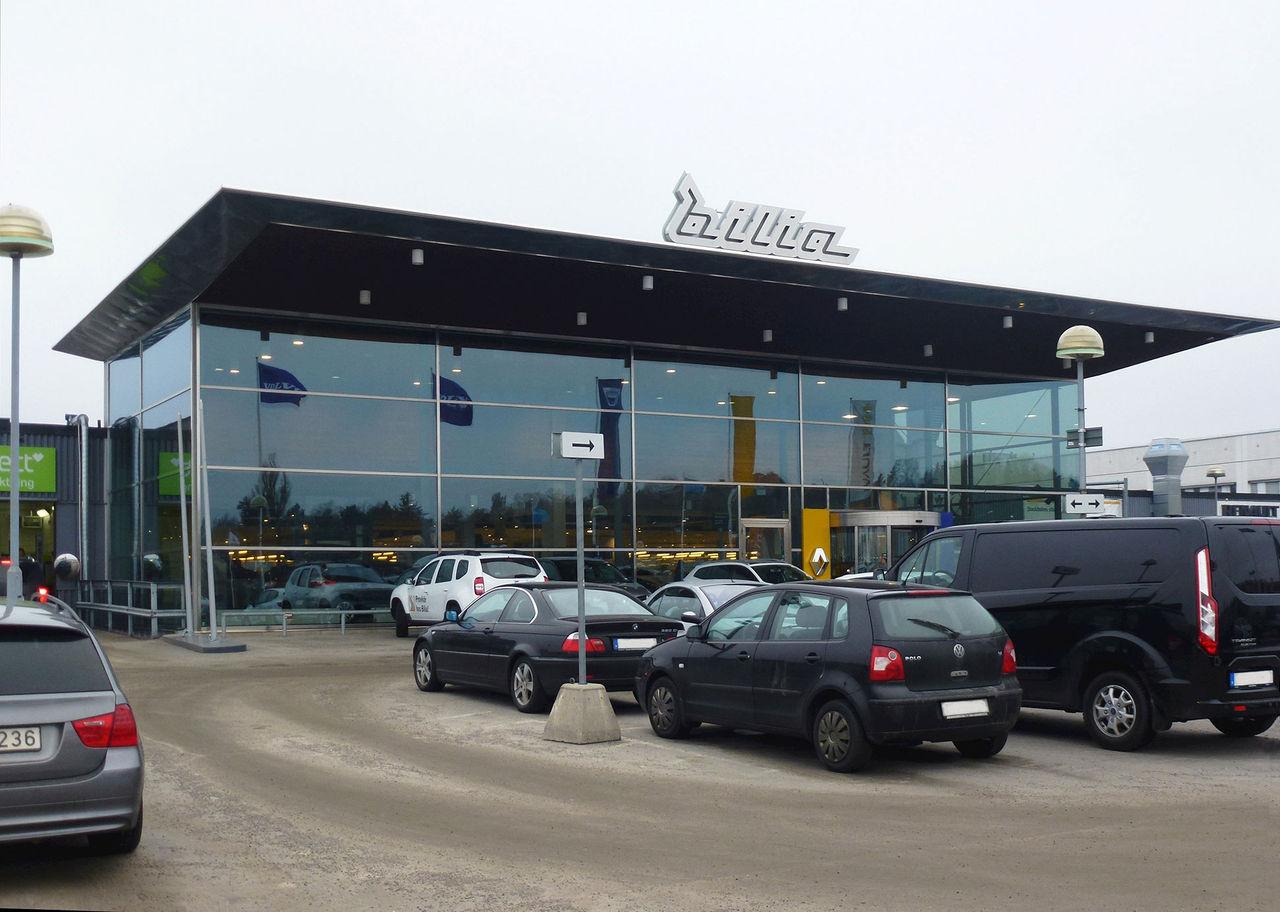 Volvo säger upp avtalet med Bilia