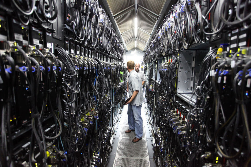 Microsoft öppnar sina svenska datacenter nästa år