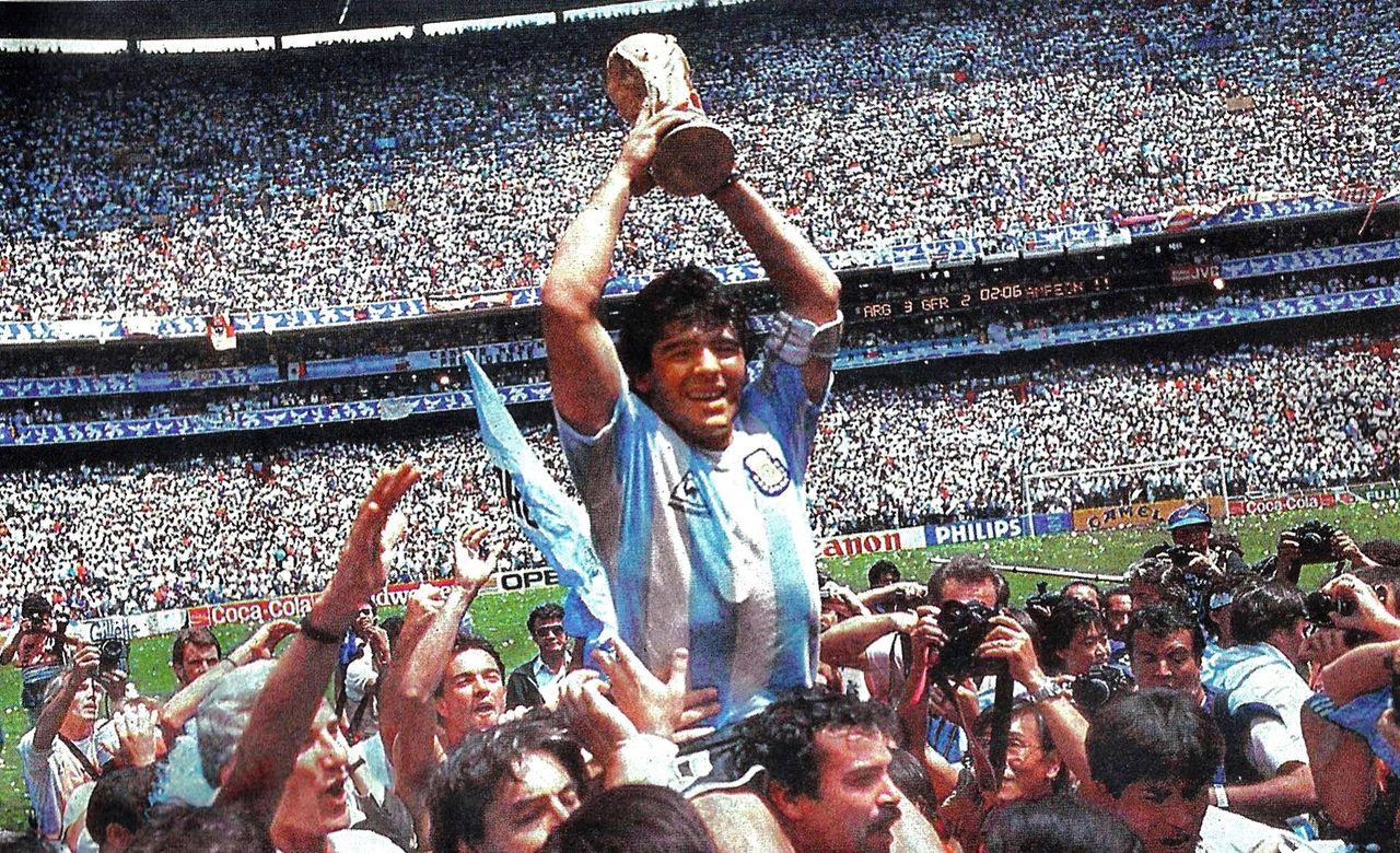 Diego Maradona har somnat in