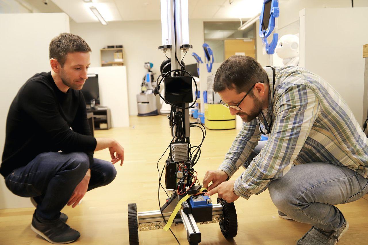 Örebro Universitet utvecklar desinficerings-robot