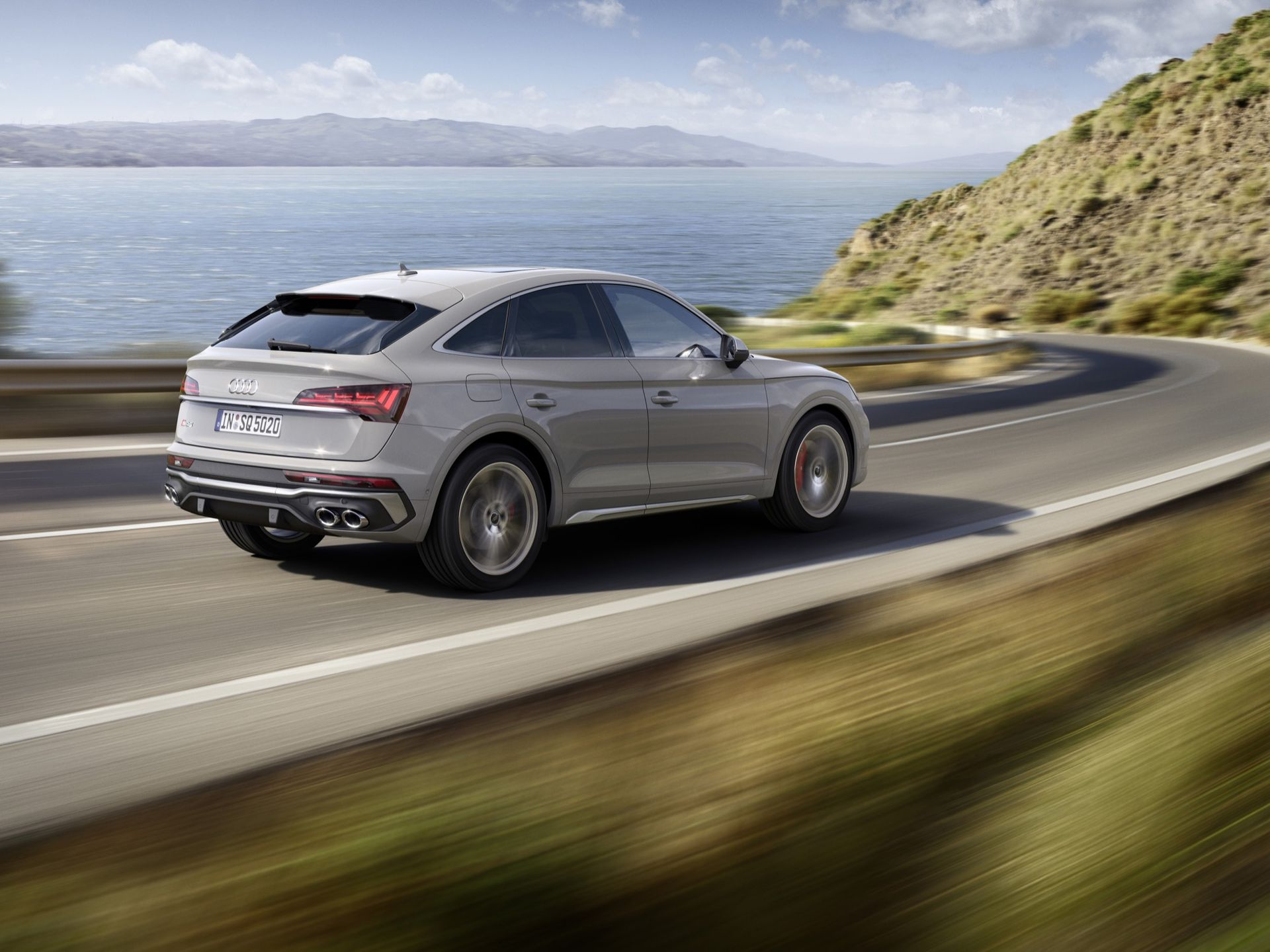 Audi börjar sälja Q5 Sportback och SQ5 Sportback