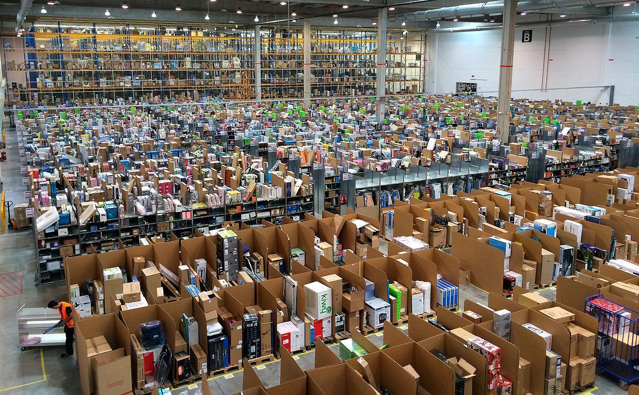Amazon-anställda runt om i världen strejkar idag