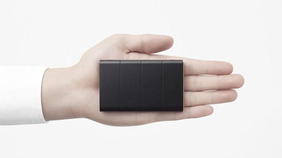 Oppo visar upp telefon med vikbar skärm