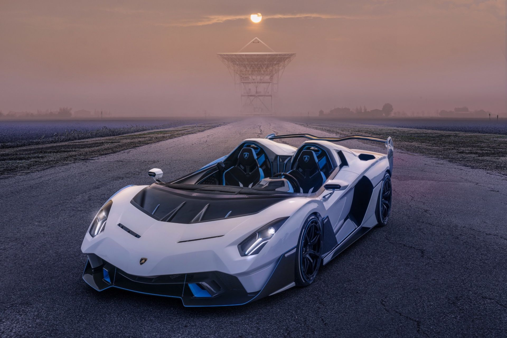 Lamborghini presenterar vindrutelösa SC20