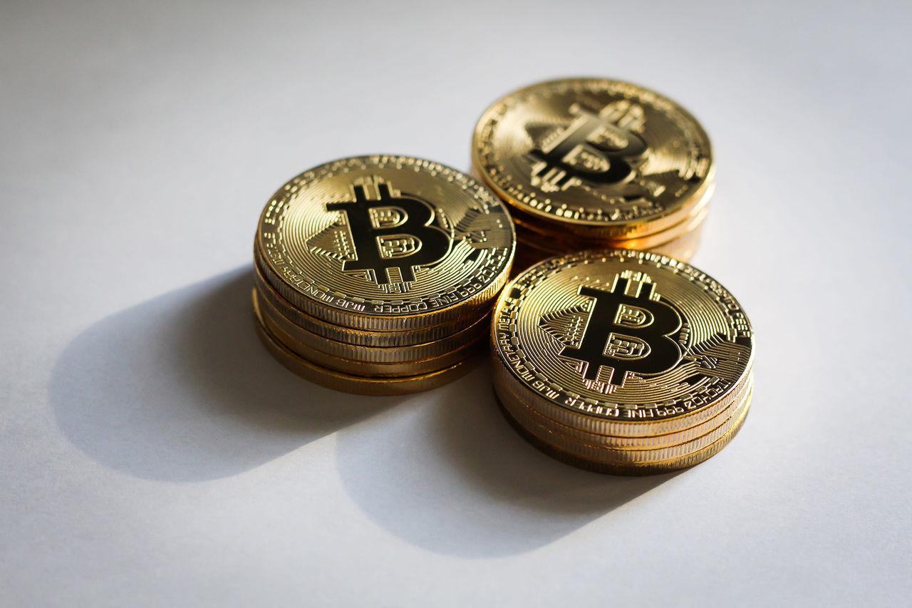En bitcoin handlas nu för över 30.000 dollar