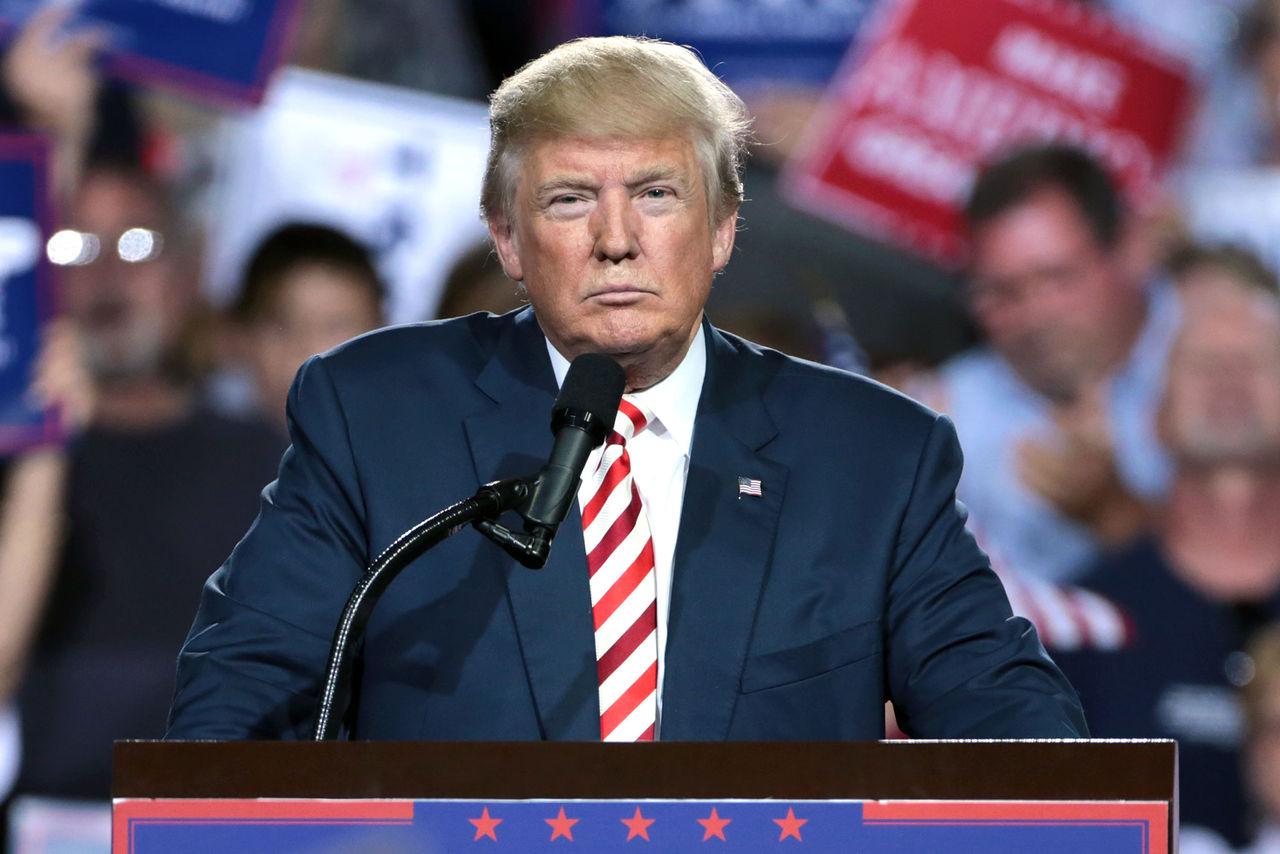 Trump tillfälligt blockerad från en rad tjänster