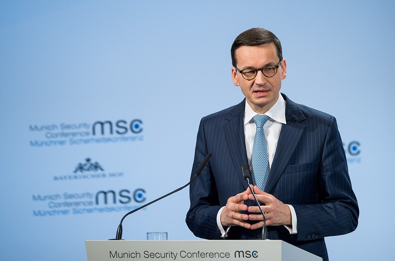 Polen vill lagstifta mot censur i sociala medier