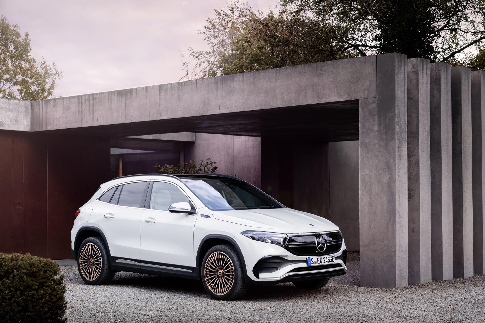 Det här är Mercedes nya elbil EQA