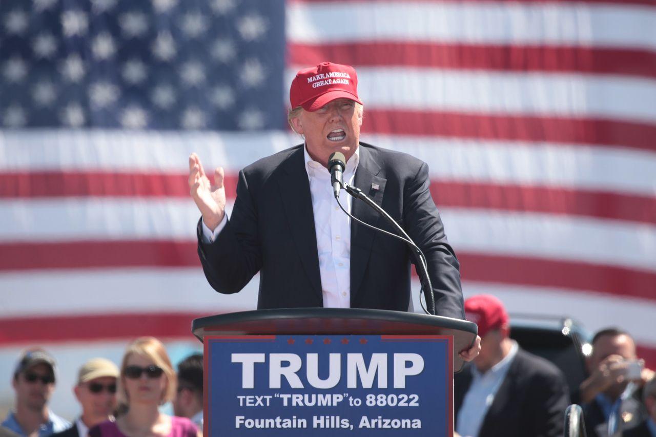 Twitch bannar Trump på obestämd tid