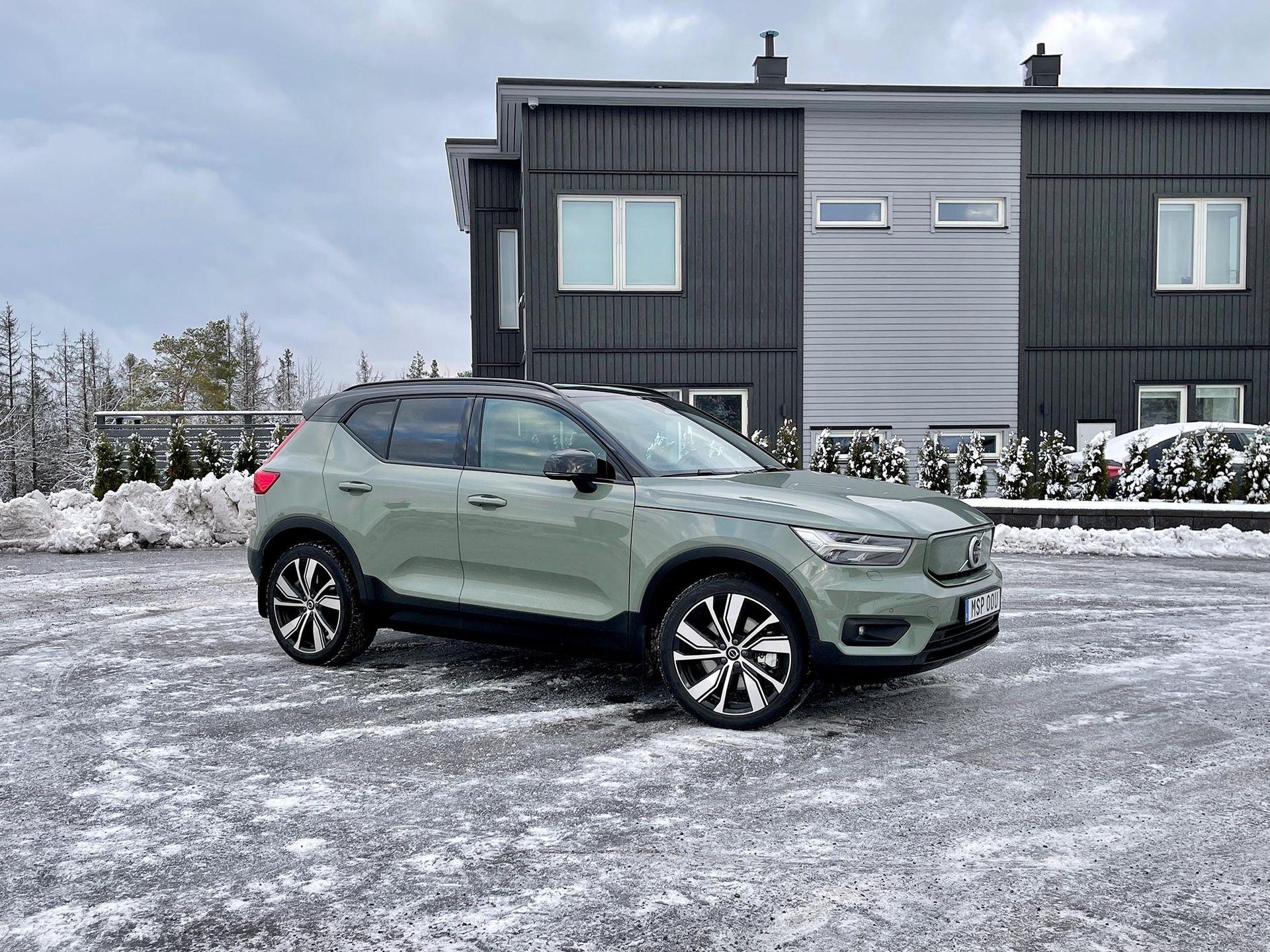 Volvos XC40 P8 Recharge är dyr, kvick och lovande