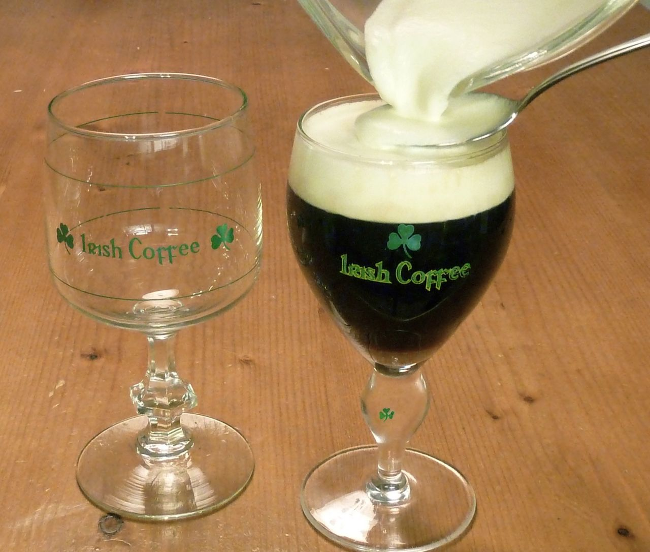 Tut i luren! Idag är det National Irish Coffee Day!