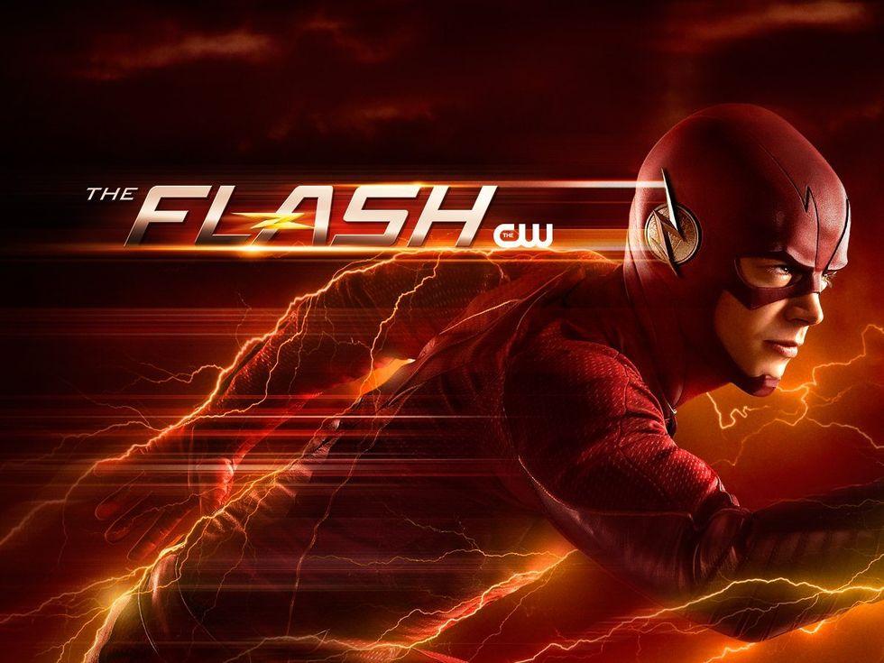 CW beställer nya säsonger av 12 av sina serier