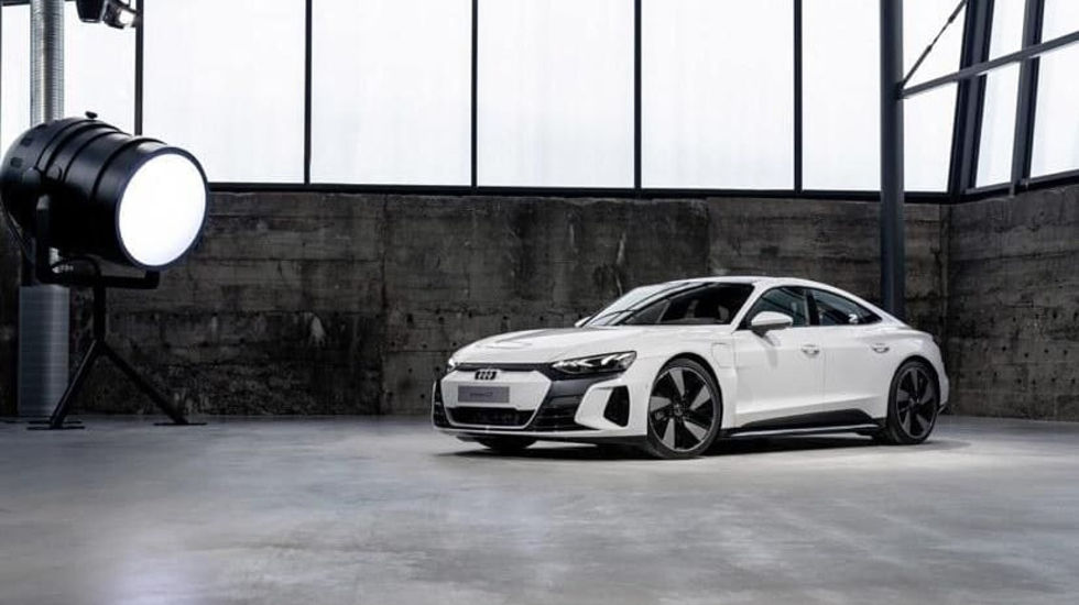 Audi e-tron GT läcker ut