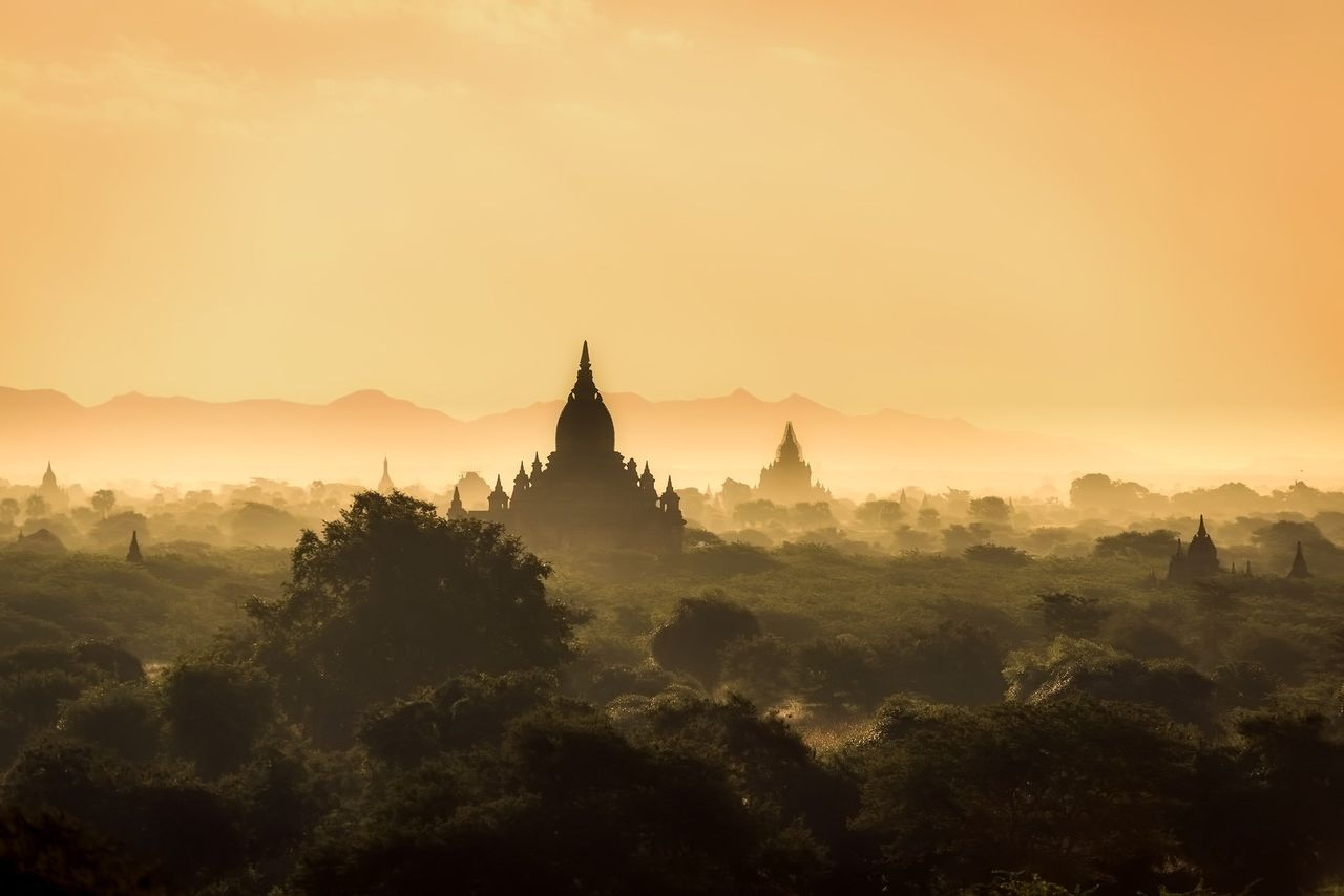 Myanmars internet släcktes