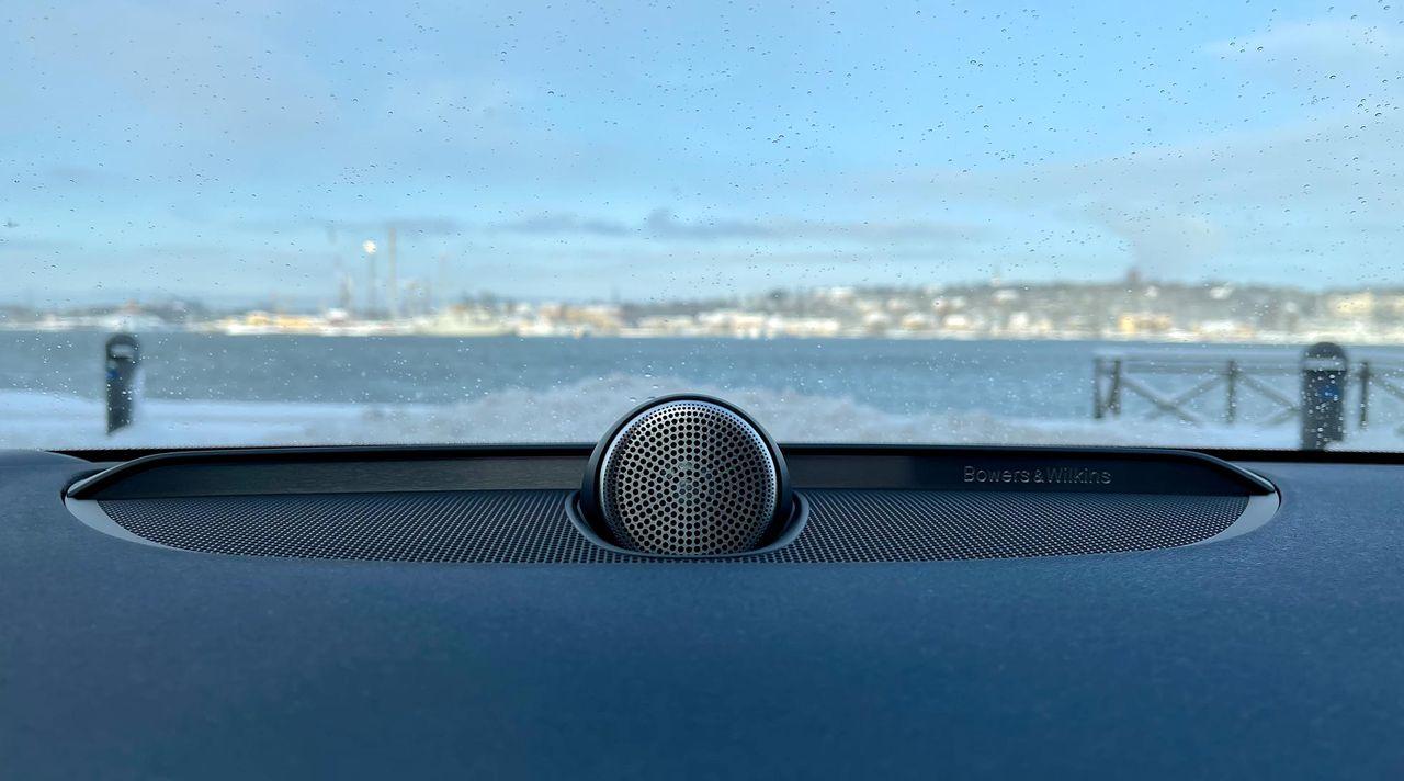 Ljud ska göra oss mindre åksjuka i självkörande bilar