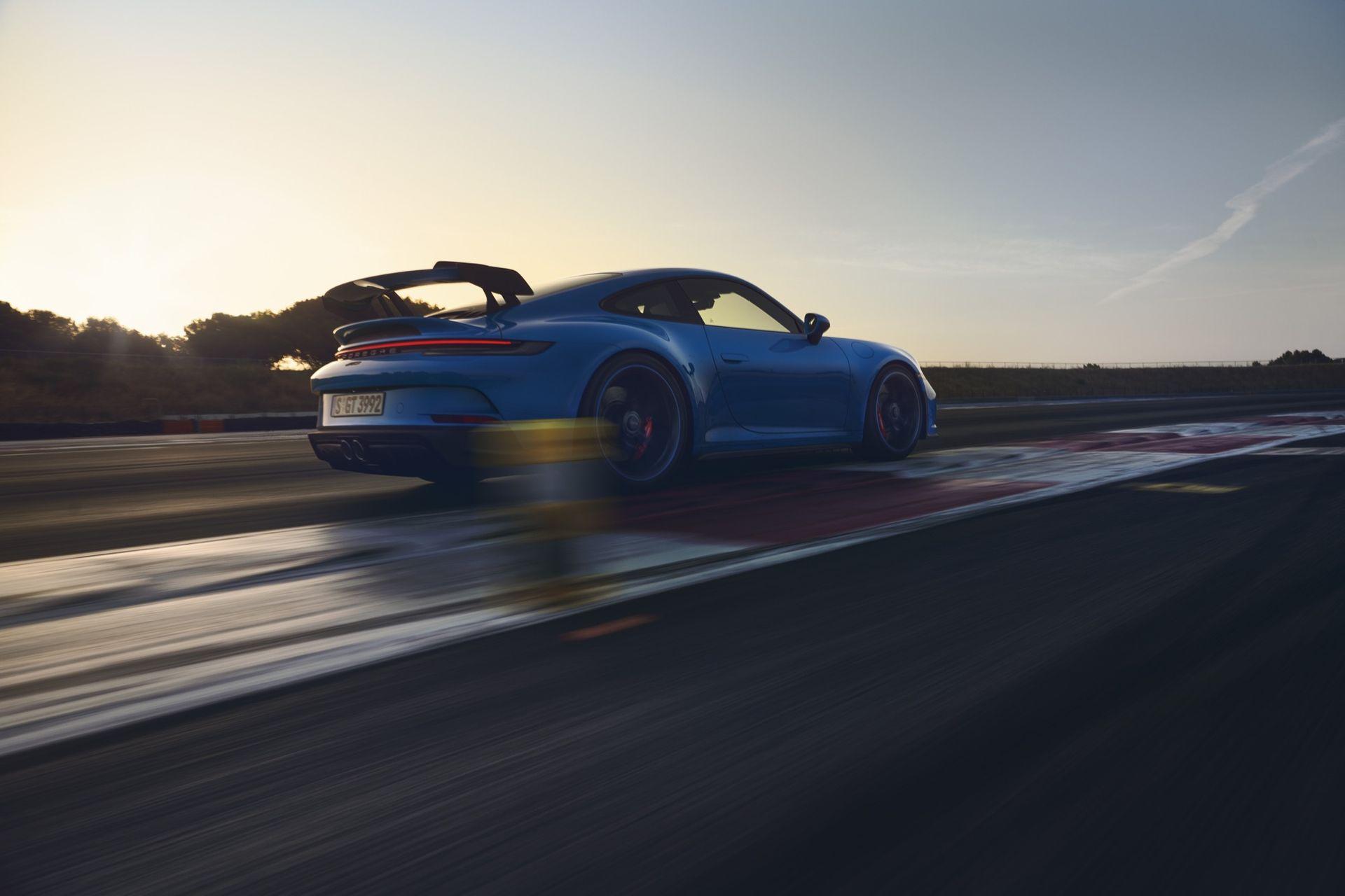 Nu är den här - nya Porsche 911 GT3