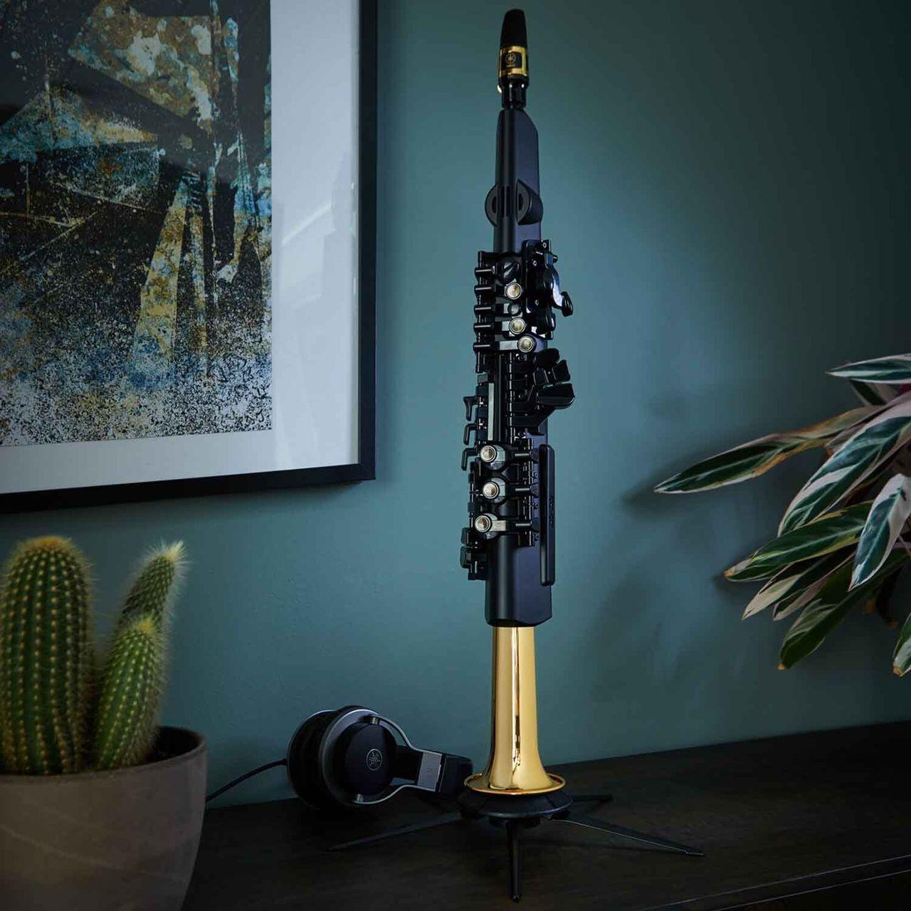 YDS-150 är en digital saxofon från Yamaha