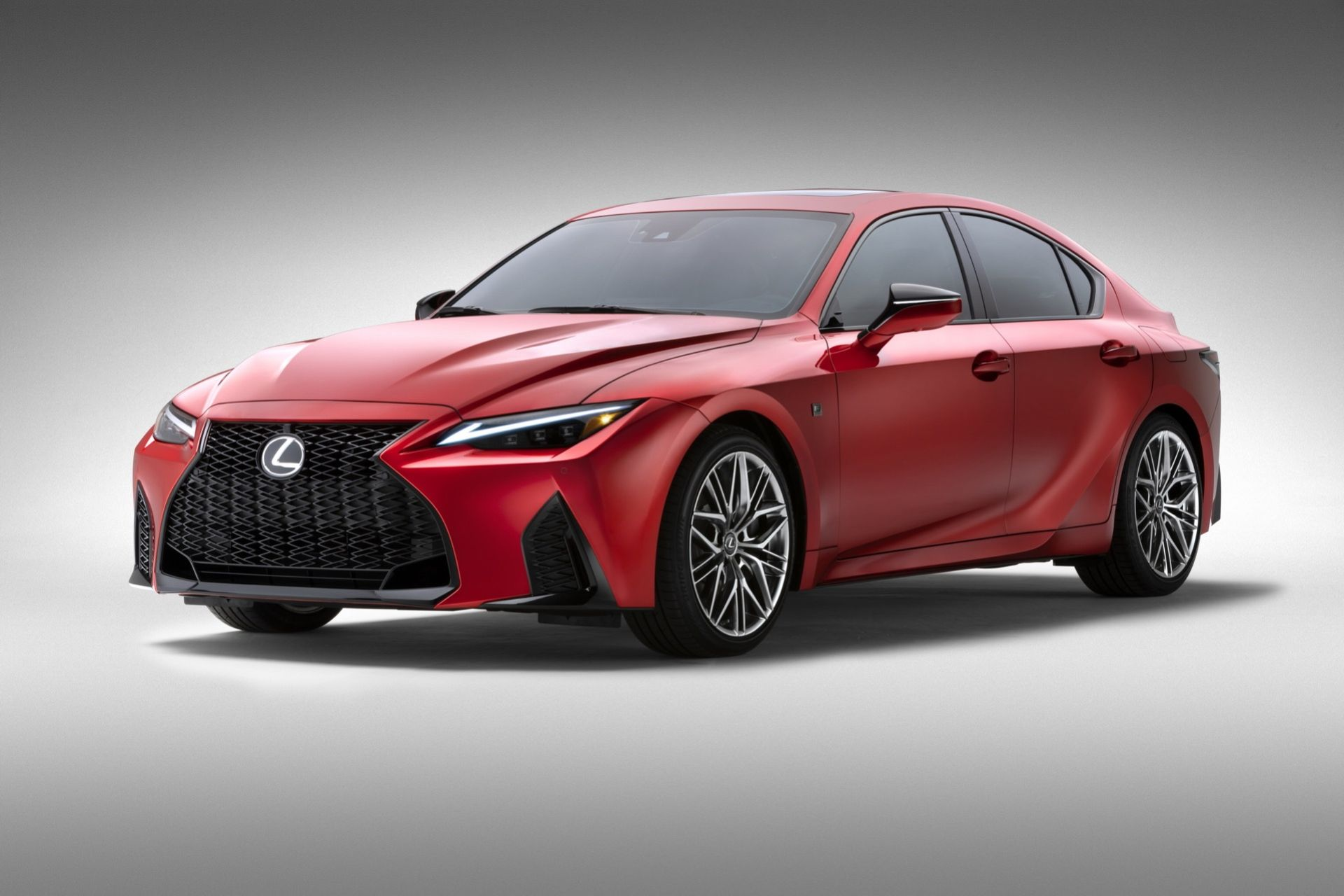 Lexus rullar ut IS 500 som har V8:a