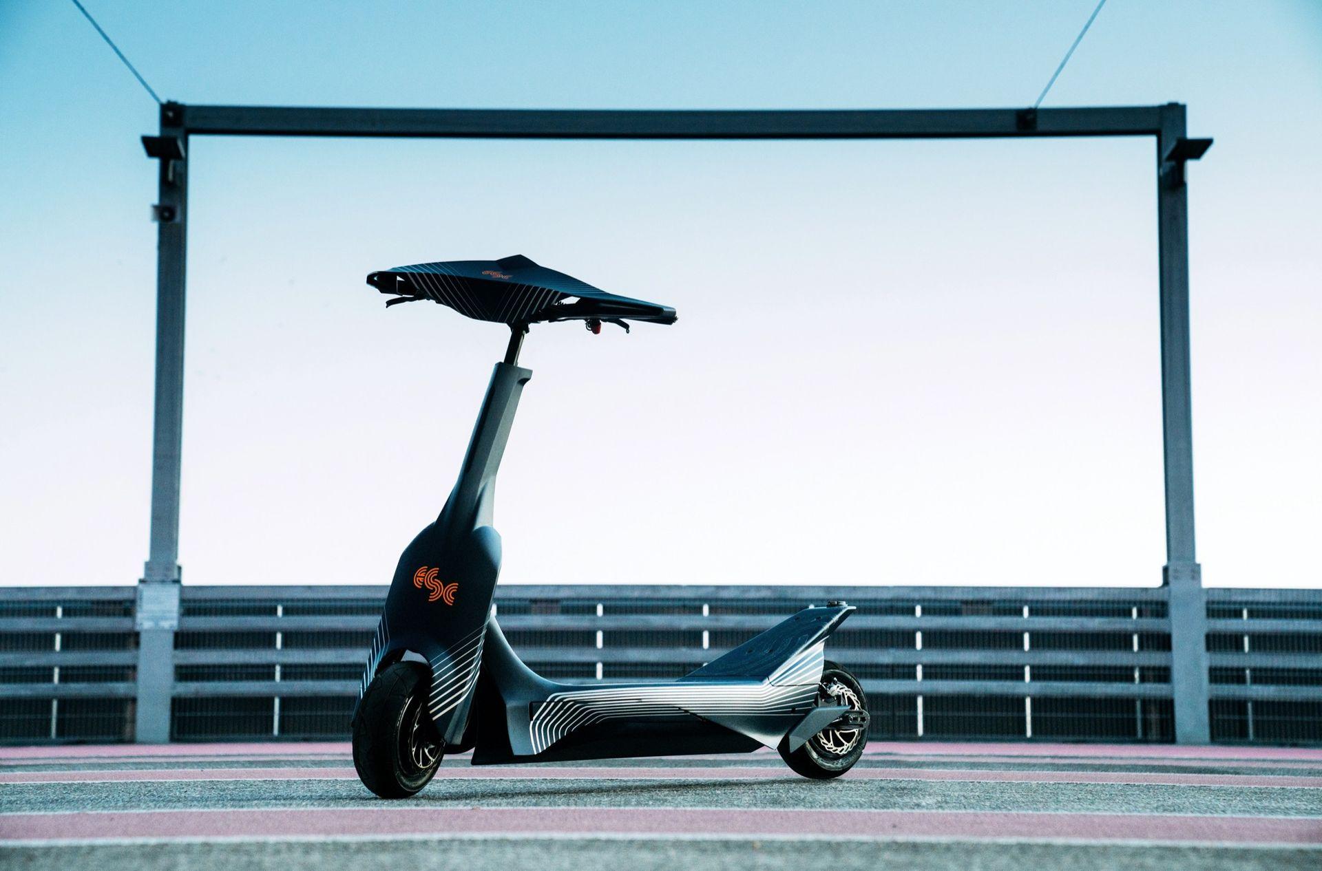 Här är världens första elsparkcykel för racing