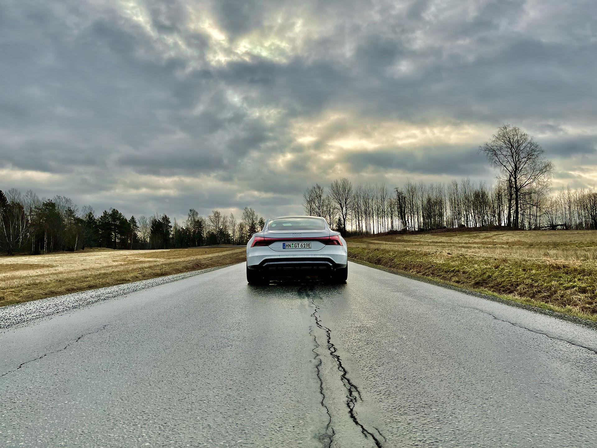 Vi har provkört Audi RS e-tron GT!