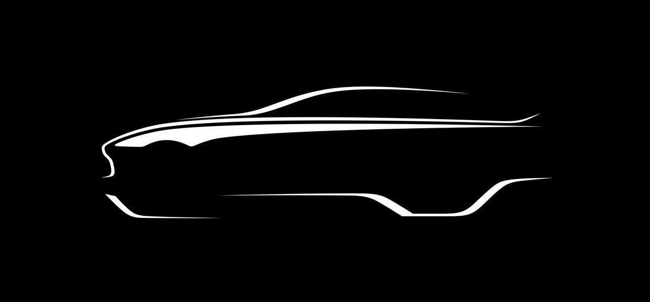 Aston Martin smygvisar ny version av DBX