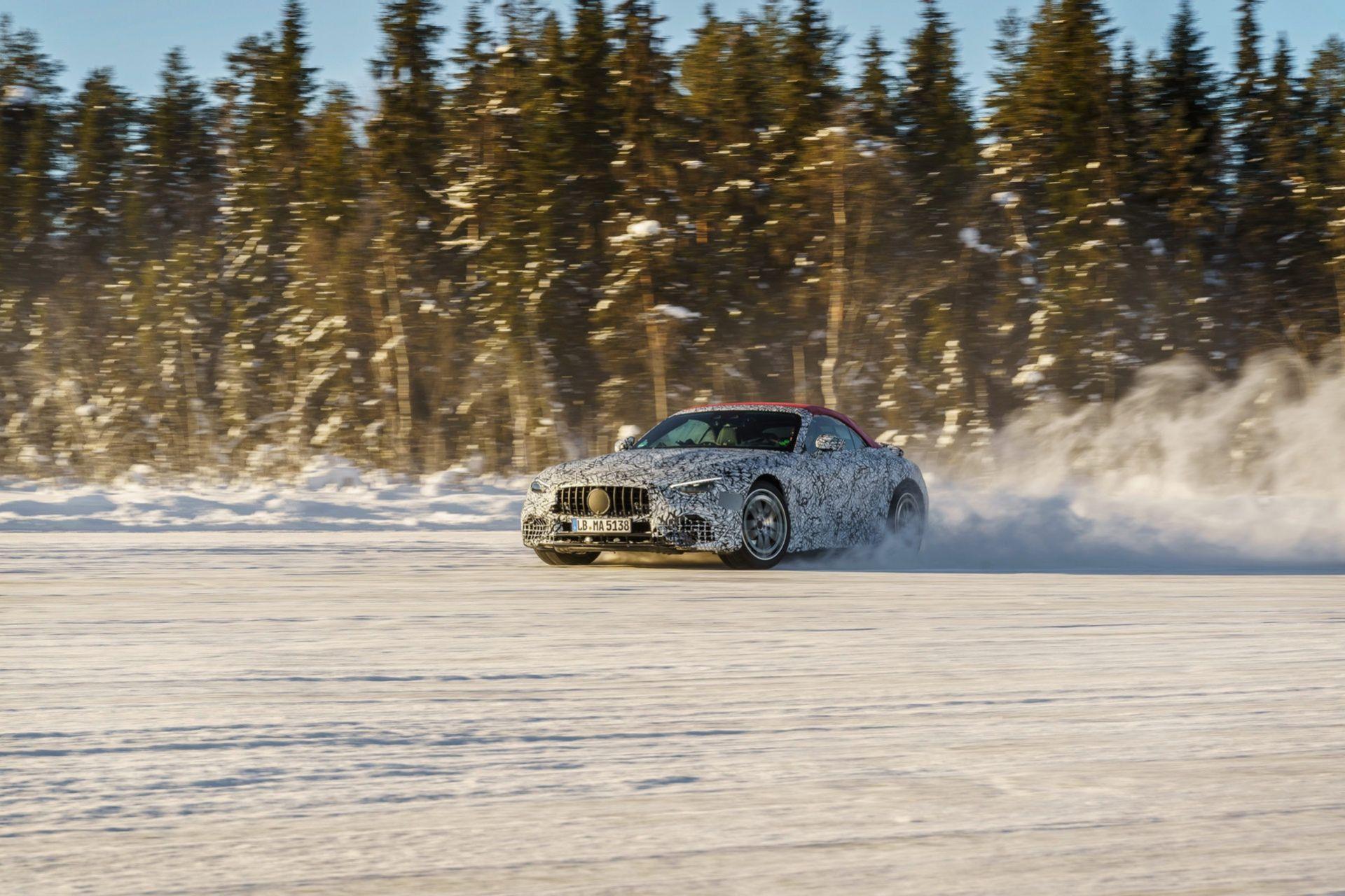 Nya Mercedes SL genomgår sina sista vintertester