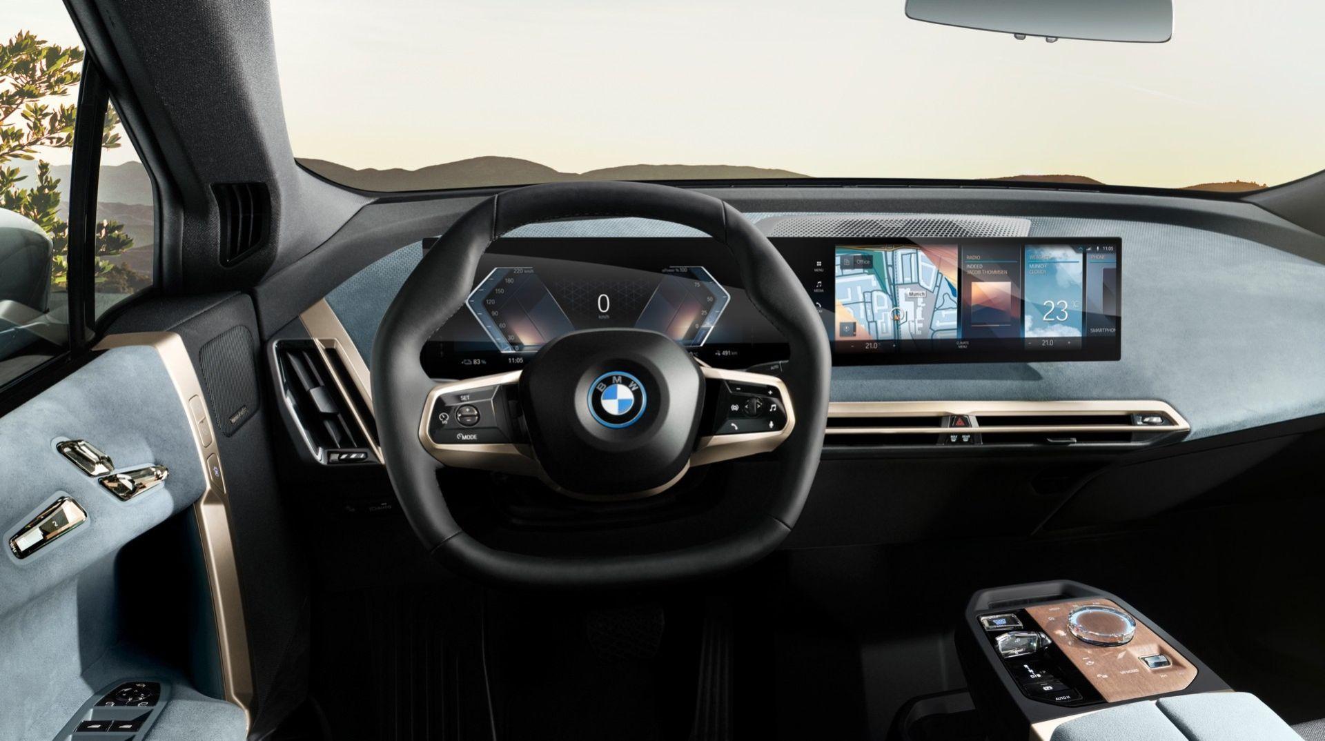 BMW presenterar iDrive 8