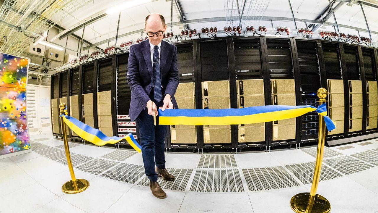 Nu invigs Sveriges snabbaste superdator för AI