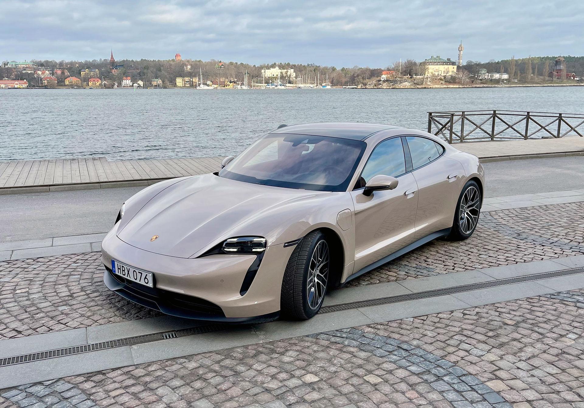 Porsche Taycan i Febergaraget!