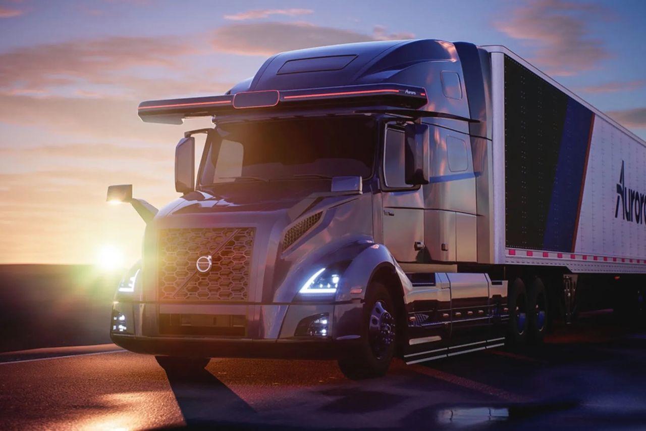 Aurora hjälper Volvo att utveckla självkörande lastbilar