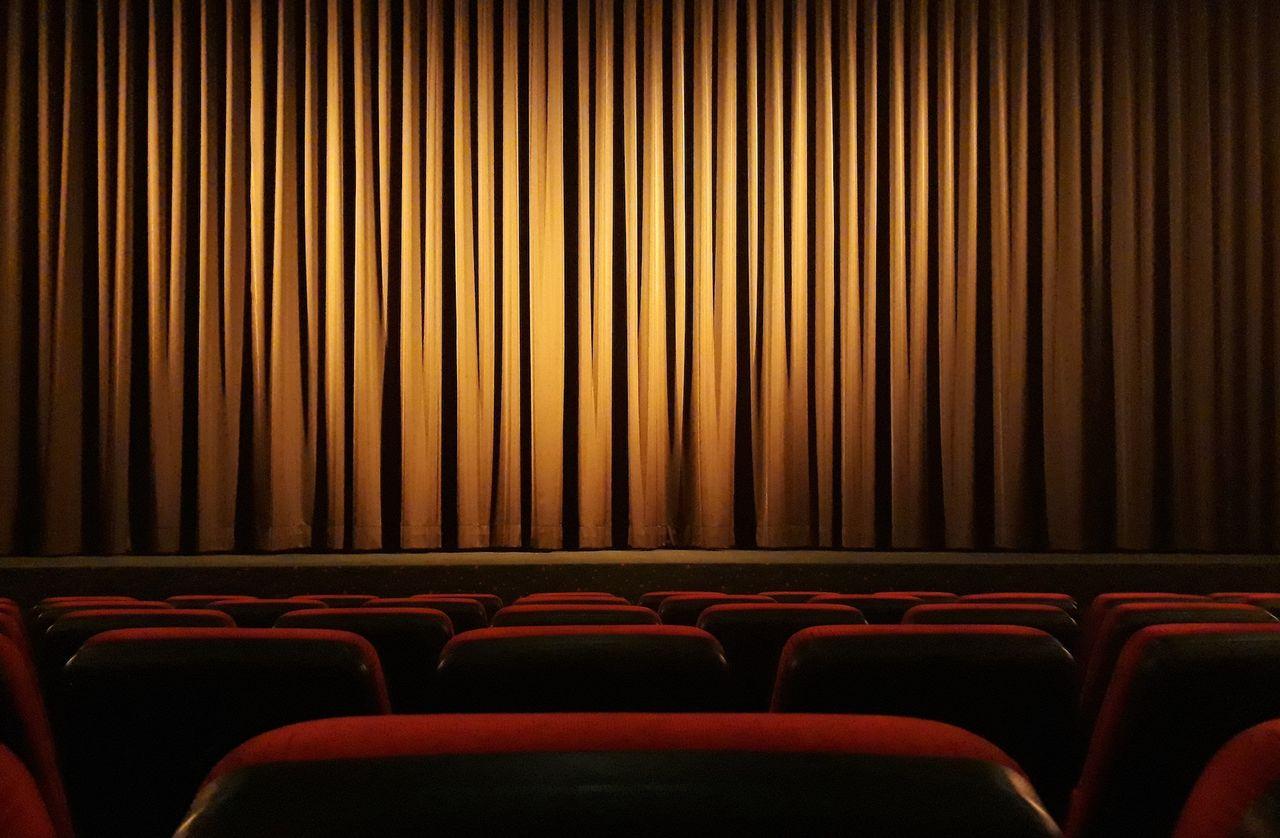 Warner Bros.-filmer först på bio under 2022