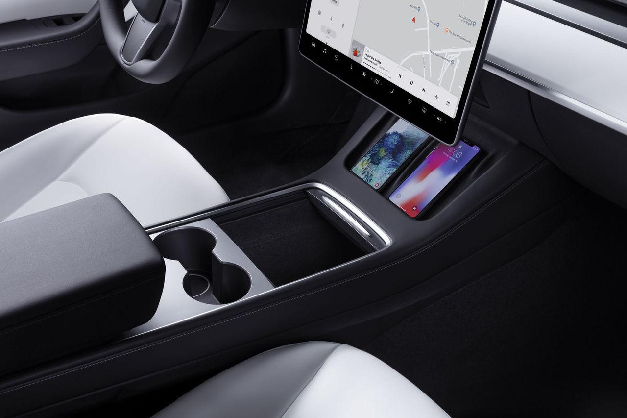 Tesla sänker priset på Model 3