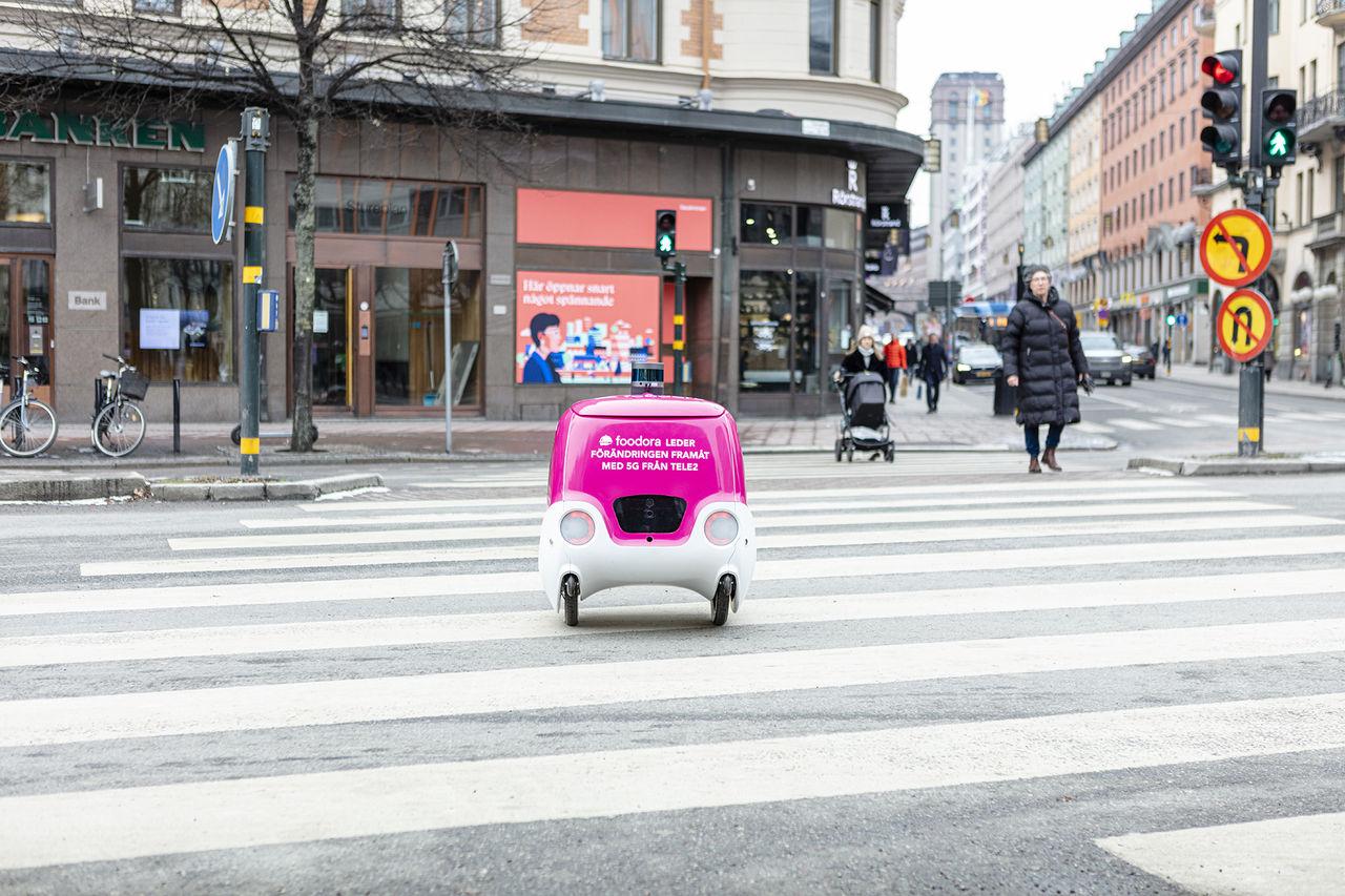Nu ska Foodoras robot börja leverera mat till stockholmare