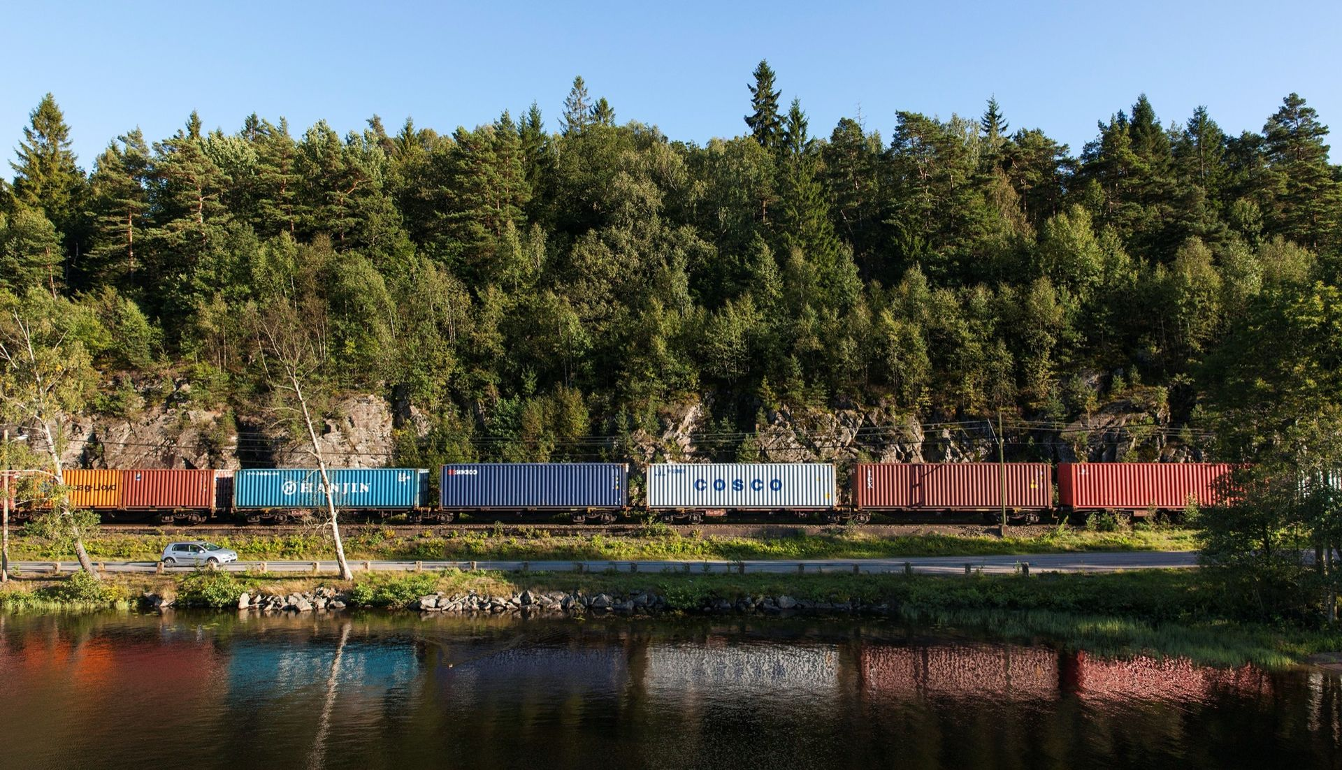 Rekordlångt godståg testkördes i Sverige