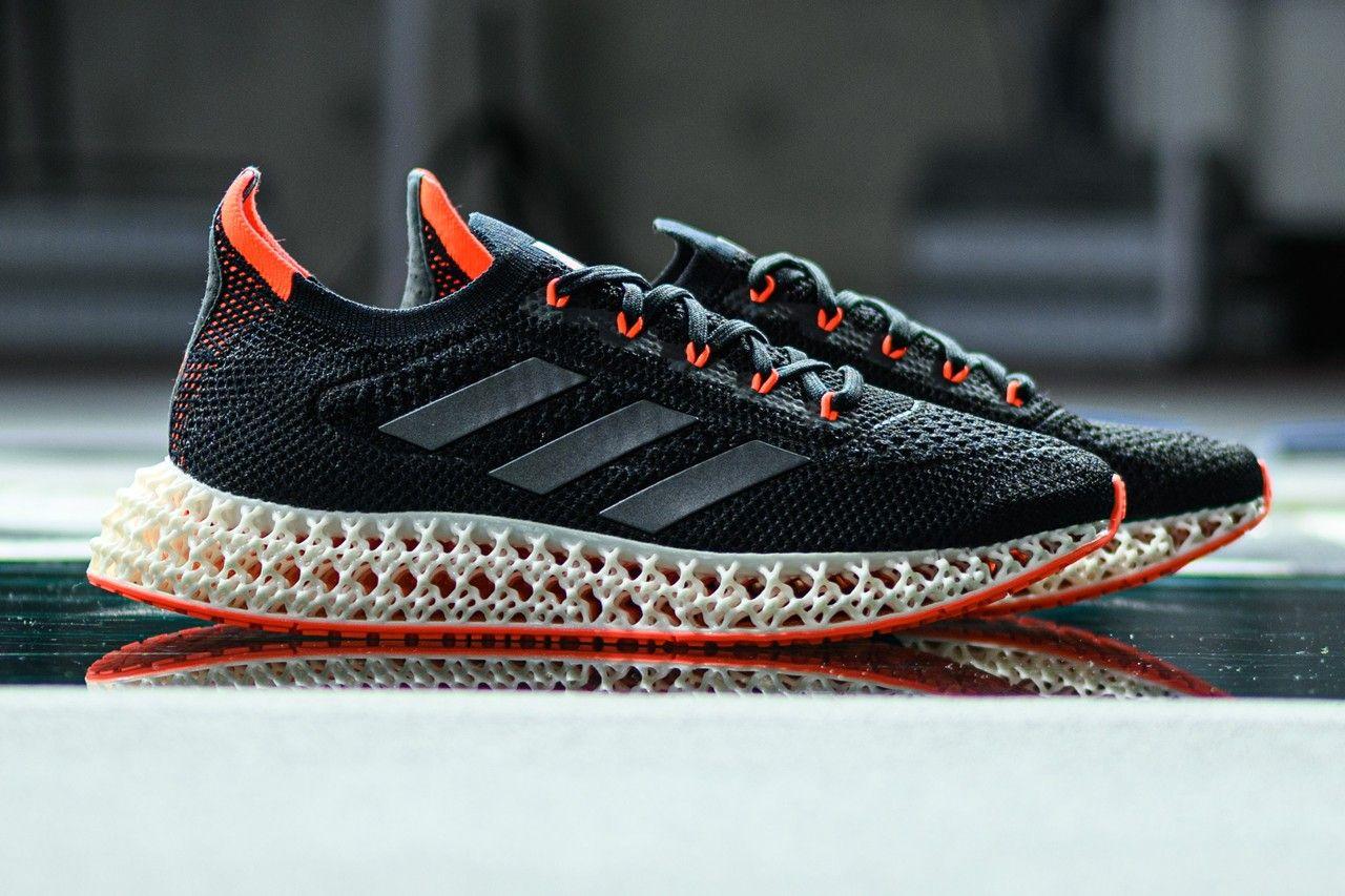 Adidas 4DFWD ska putta löpare framåt