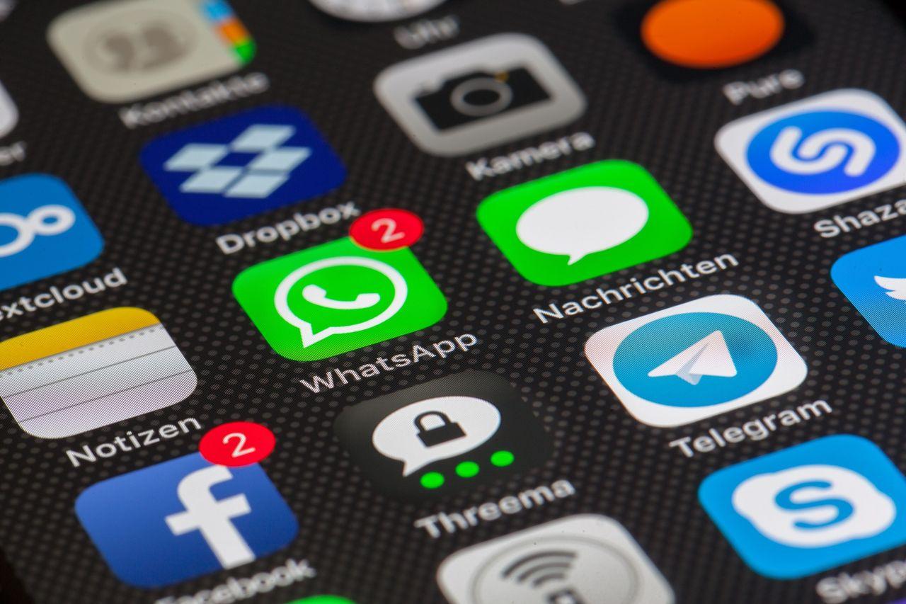 WhatsApp börjar låsa funktionalitet