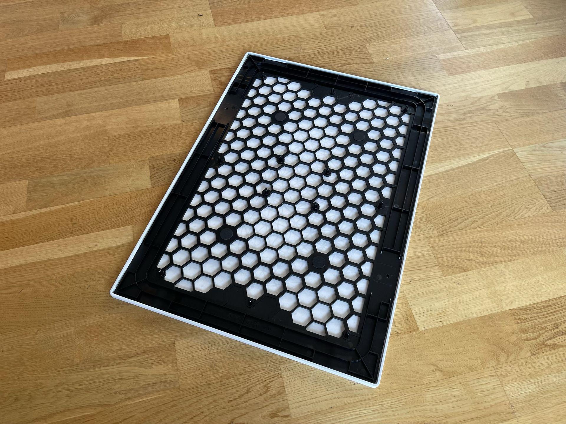 Ikeas tavelhögtalare borde gå att hacka med egna motiv
