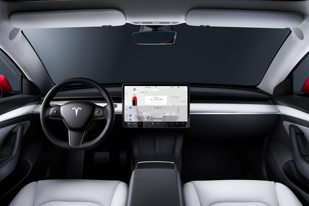 Tesla rullar ut version 9 i beta