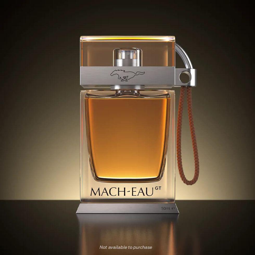 Ford presenterar parfymen Mach-Eau