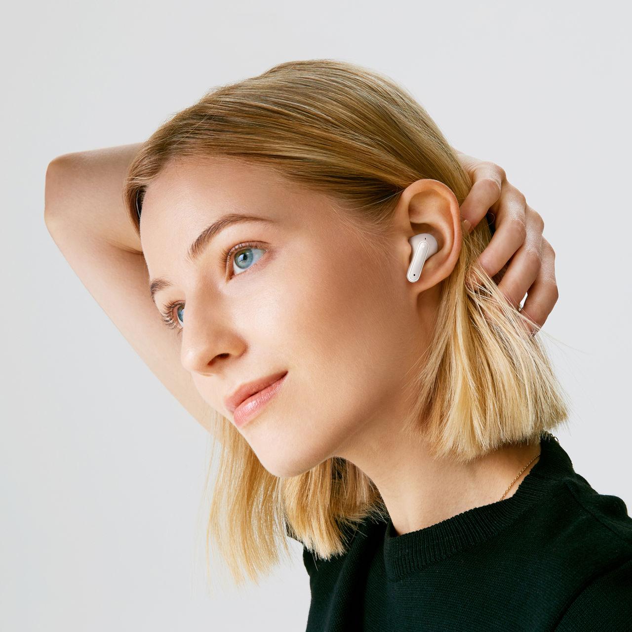 LG presenterar nya true wireless-hörlurar