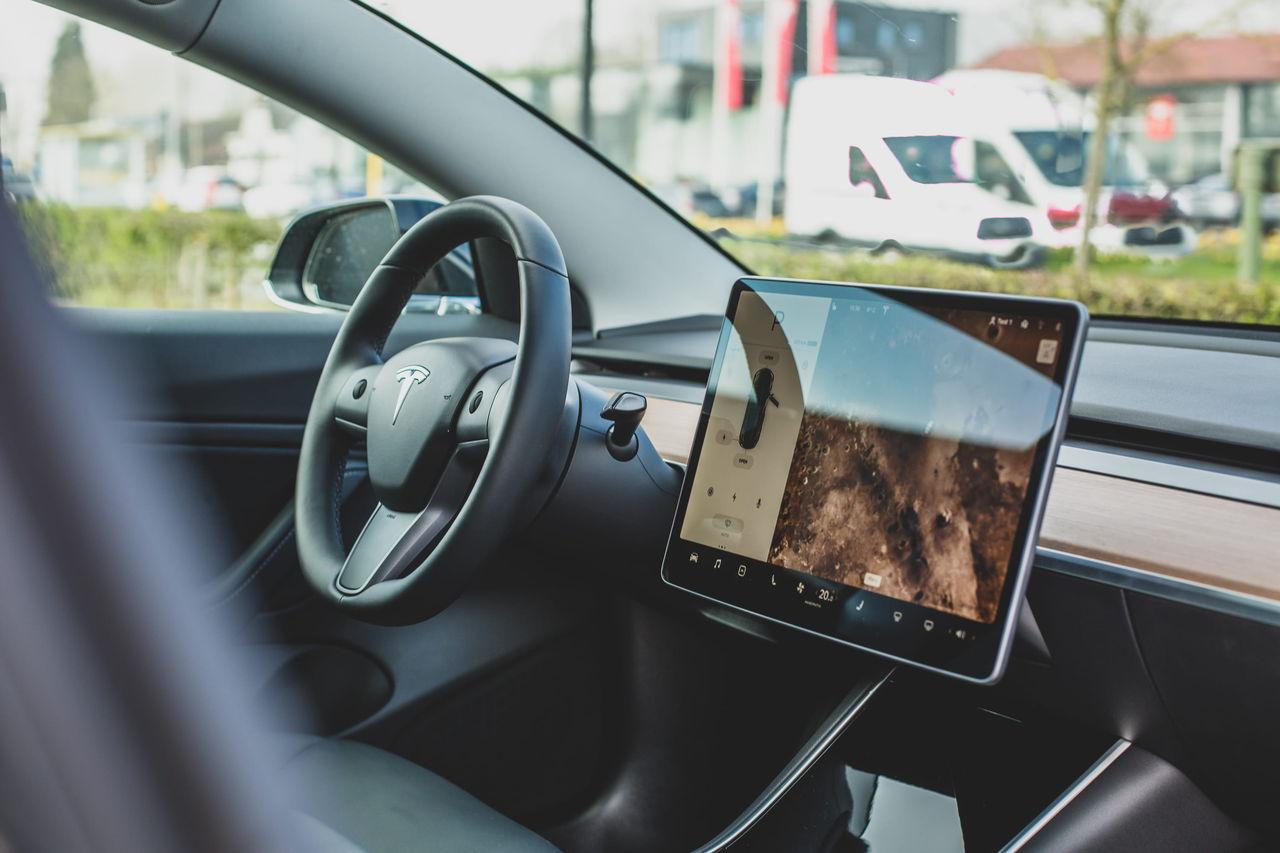 Teslas senaste uppdatering innehåller ett biltvätts-läge