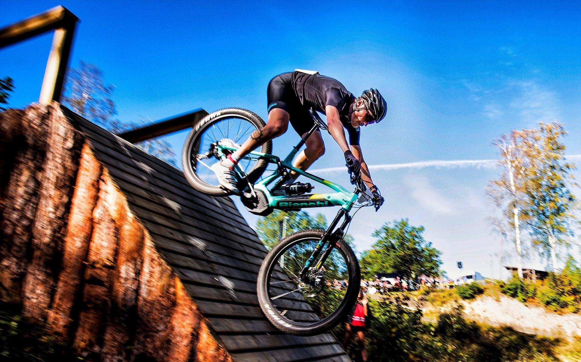Eldriven mountainbike blir klass på Gotland