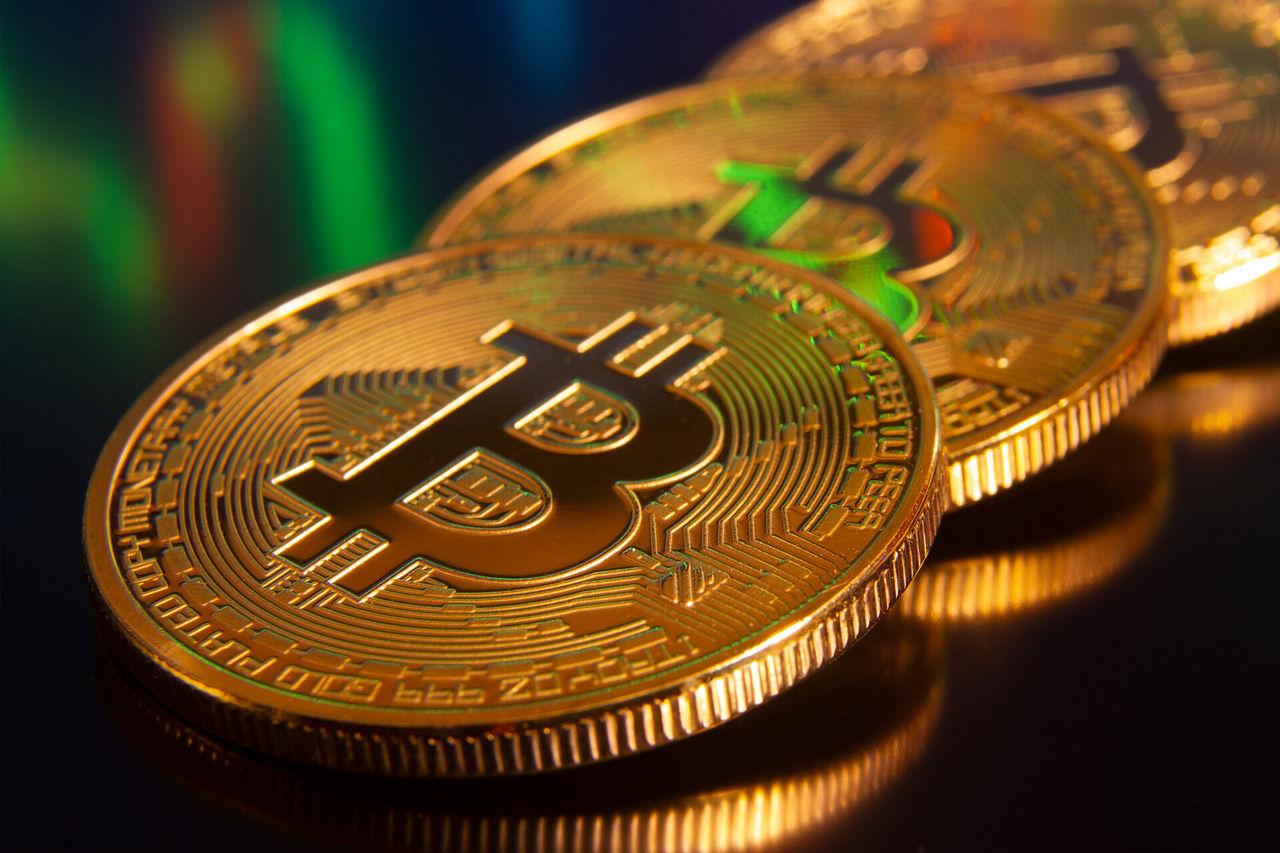Bitcoin över 50.000 dollar igen