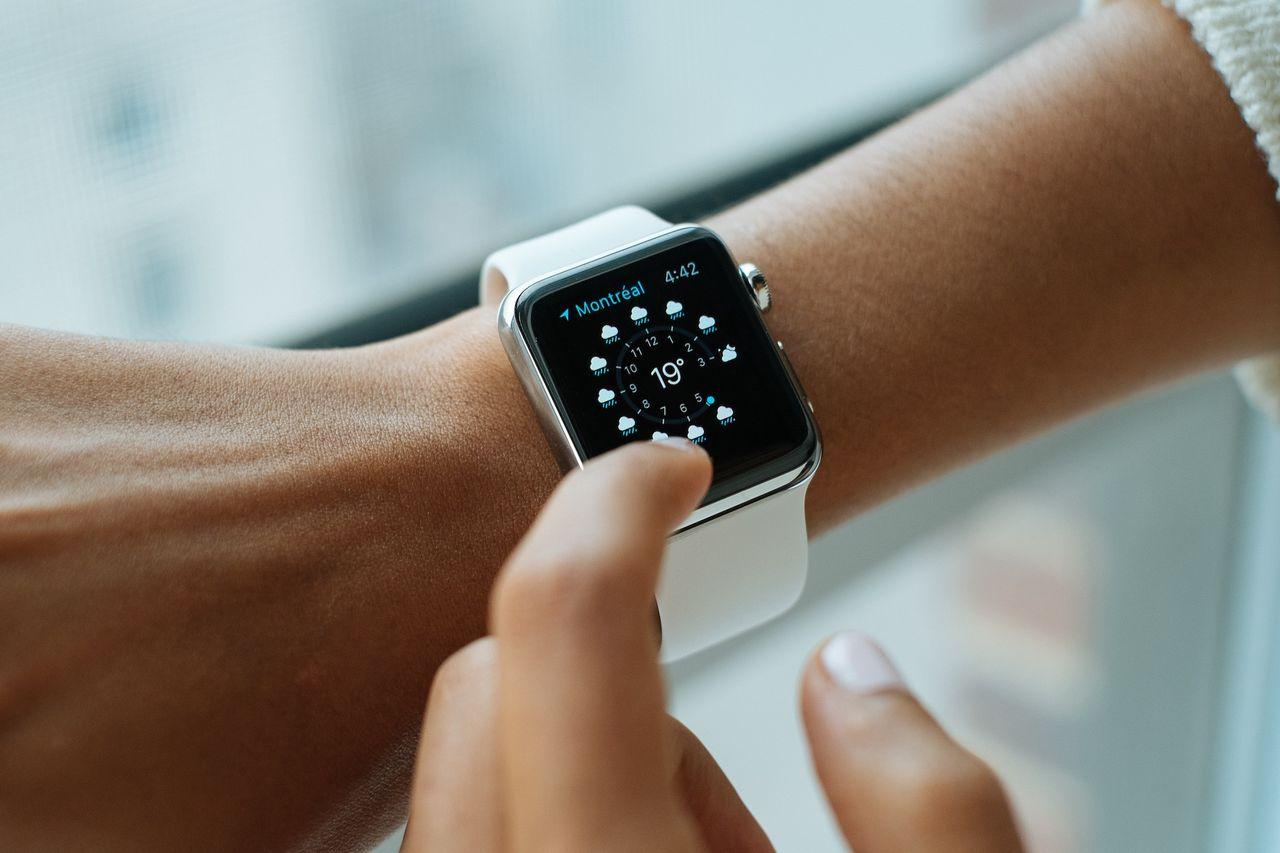 Nästa Apple Watch sägs få en större skärm