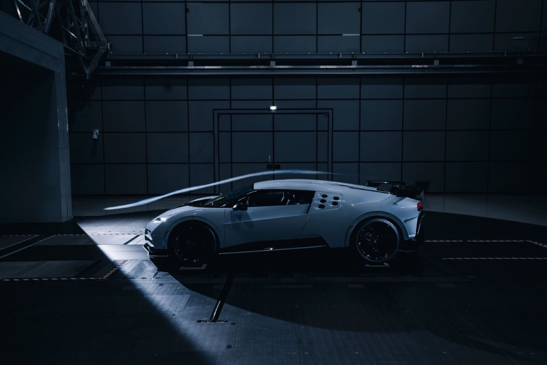 Bugatti Centodieci i vindtunneln